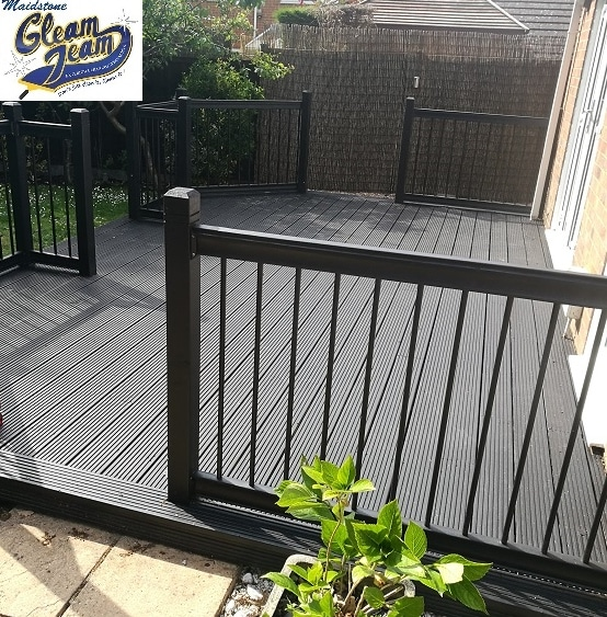 decking-cleaning-staining-maidstone