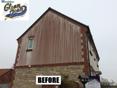 soiled-wall-before-soft-washing-maidstone