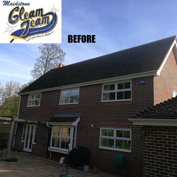 low-pressure-roof-tile-soft-washing-south-london