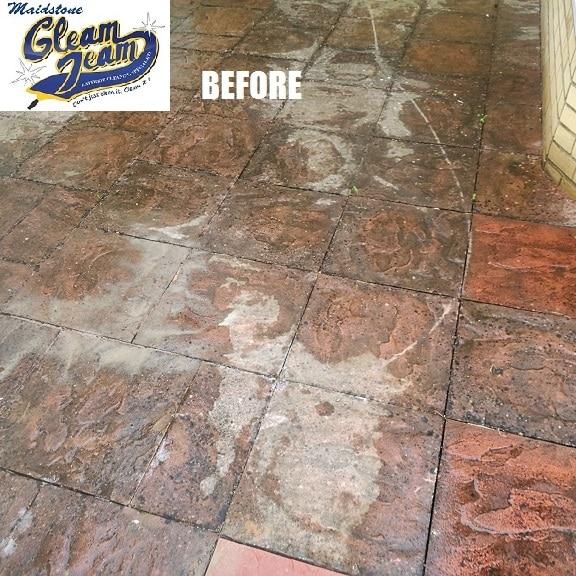 concrete-patio-before-pressure-washing-kent