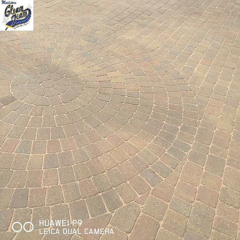 driveway-cleaning-Kent