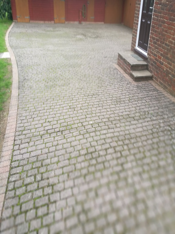 dirty-brick-paving-driveway-refurbishing