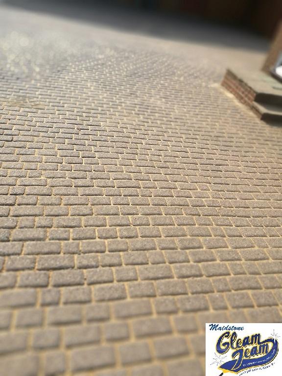 block-paving-after-refurbishment-jet-washing-and-sealing-Kent