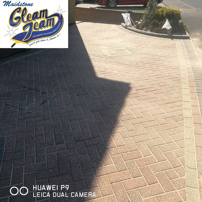 block-paved-driveway-after-jet-washing-cleaning-resanding-sealing-Maidstone-Kent