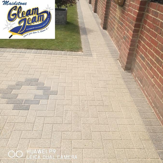 block-paving-maintenance-cleaning-kent