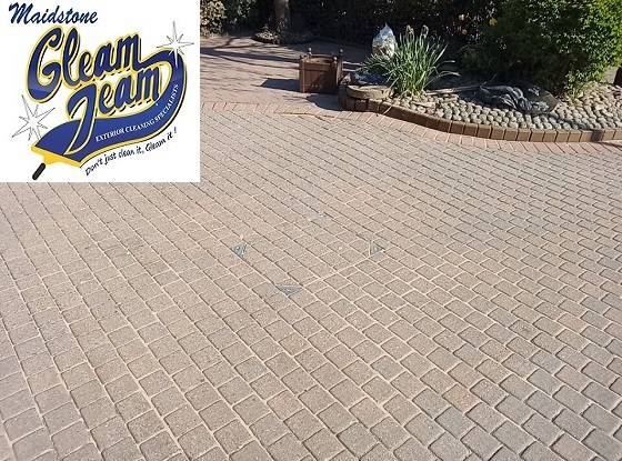 block-paving-driveway-after-cleaning-resanding-sealing-Maidstone