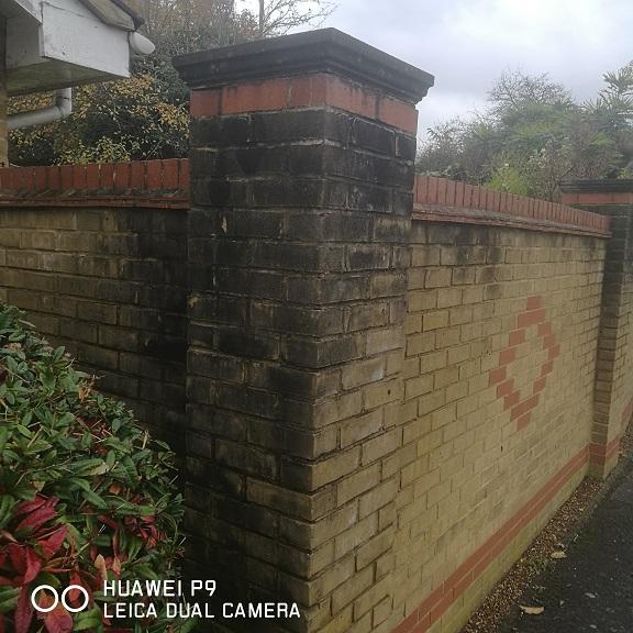 brick-cleaning-algae-removal-kent